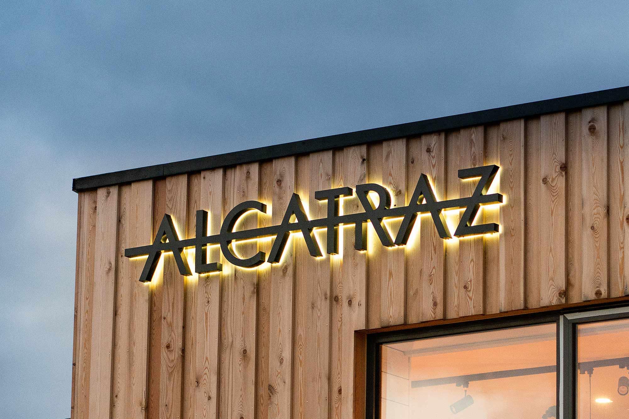 Alcatraz-Signage